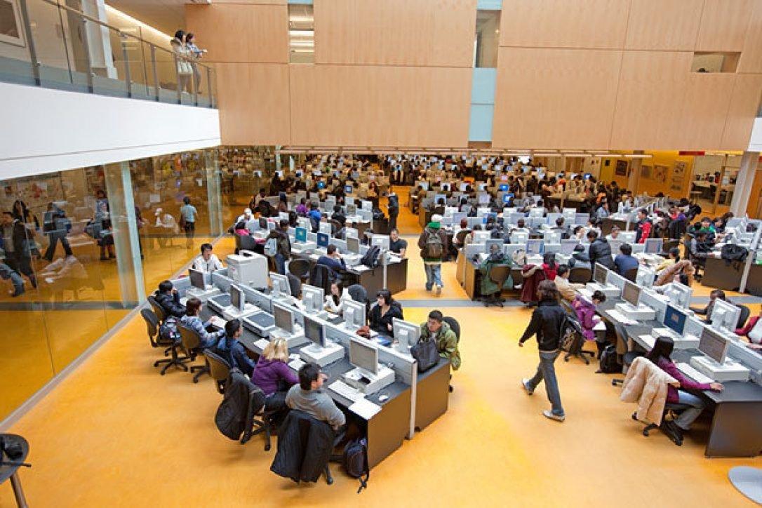 لابراتوار دانشگاه سنکا کانادا