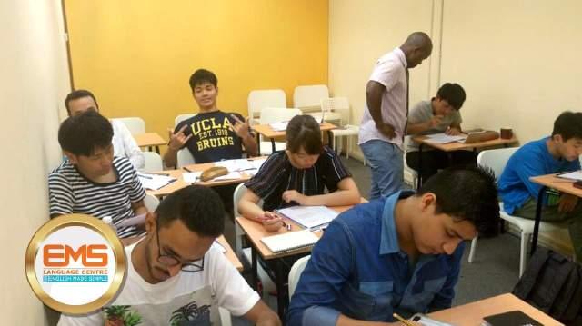 کلاس زبان EMS