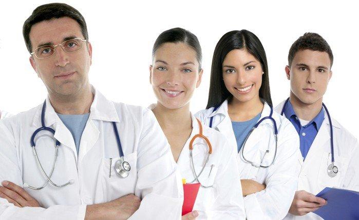 پزشکی هند دانشجو